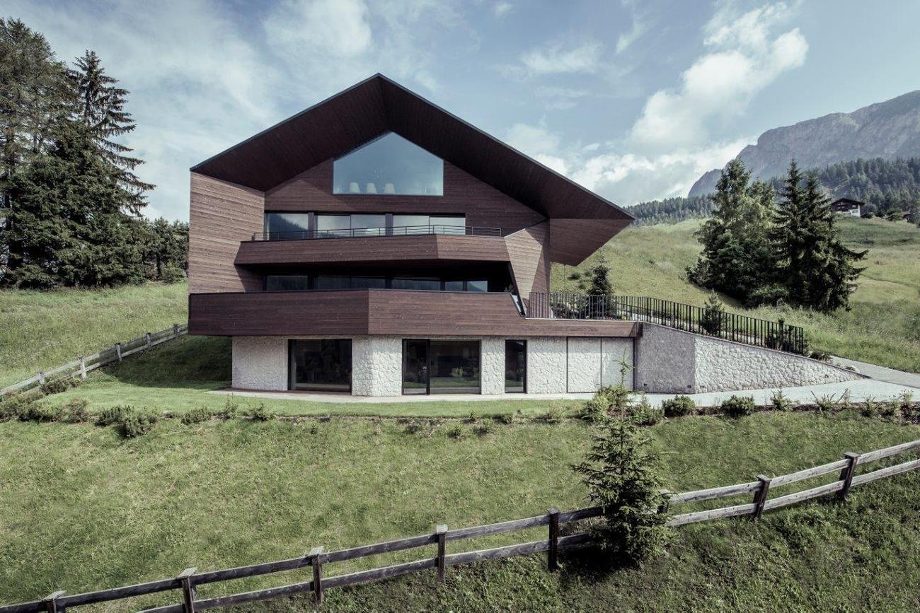 1524218725.6_1607-Villa-Arcese-aussen-03